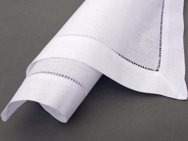 White hemstitch napkin - Signature Rentals