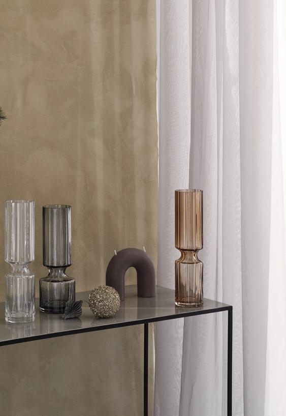 Modern ribbed glass vase - 28.3cm - smoke - signature rentals