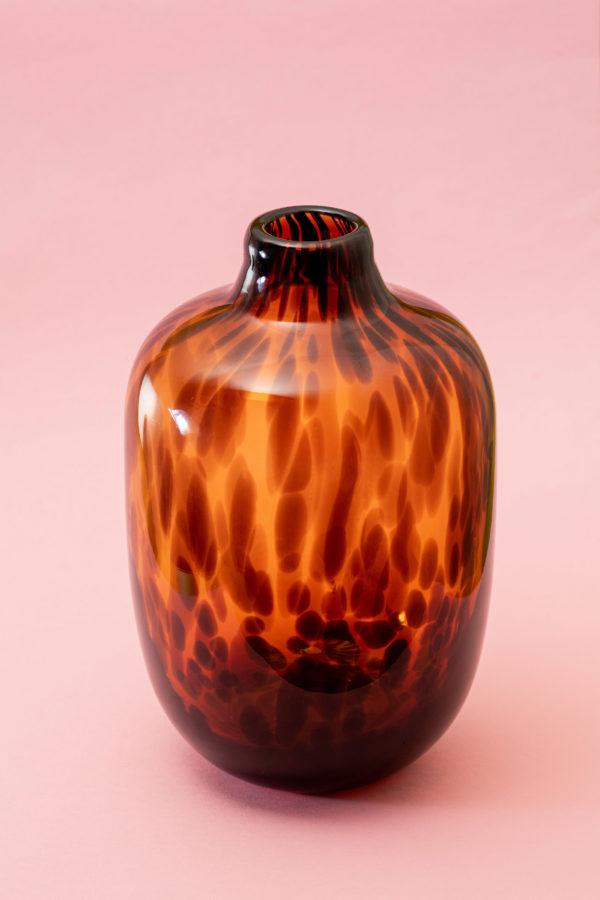 Tortoise shell glass vase - signature rentals