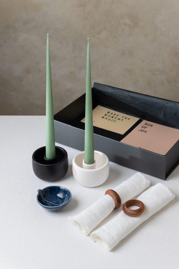 Box of Joy - Tablescape in a Box - Spring white - Signature Rentals