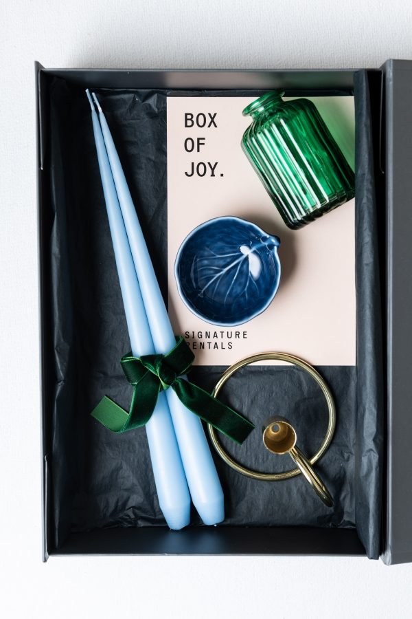 Box of Joy - The West Table Setting - Signature Rentals