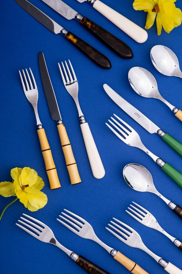 Solid colour 5 Piece Cutlery Set - Ivory