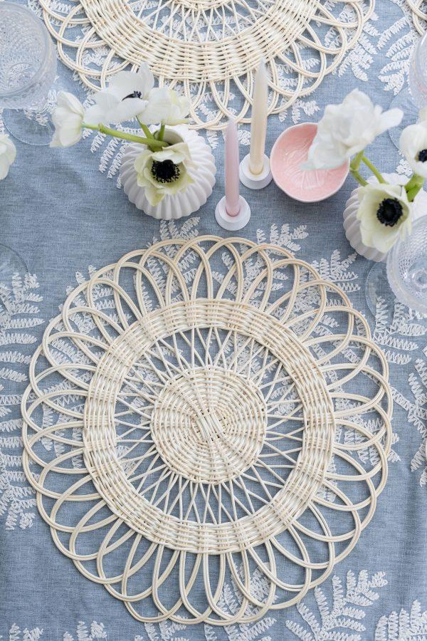 Poppy rattan placemat - white