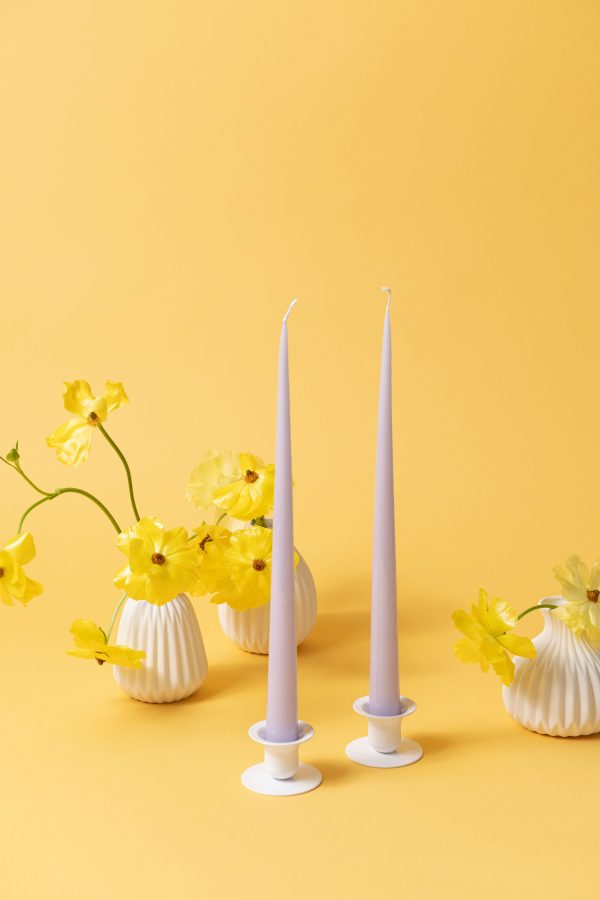 Buttercup candle holder - white