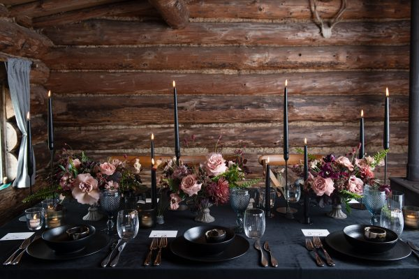 Signature Rentals Hire Package - Tablescape - Log cabin Glamour