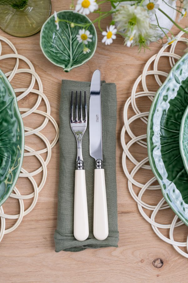 Ivory cutlery - Signature Rentals